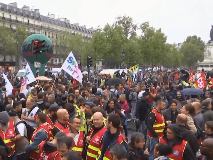 Ultime Riforma Pensioni: in Francia è Caos, Rifondazione lancia la sua campagna