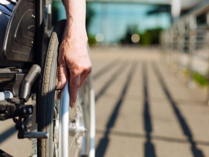 Pensione di invalidità Civile: nessun aumento, ma compatibilità con Bonus da 600 euro